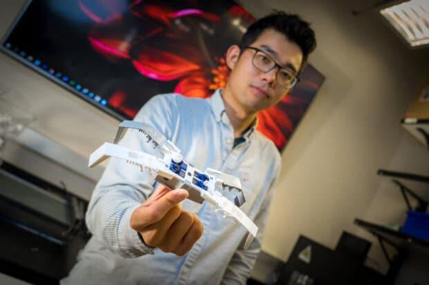 تولید ربات حشره با پرینت سه بعدی