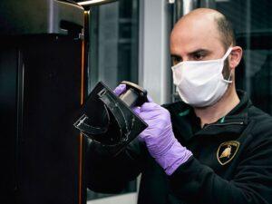بهره گیری شرکت لامبورگینی از پرینتر سه بعدی برای مبارزه با کرونا ویروس